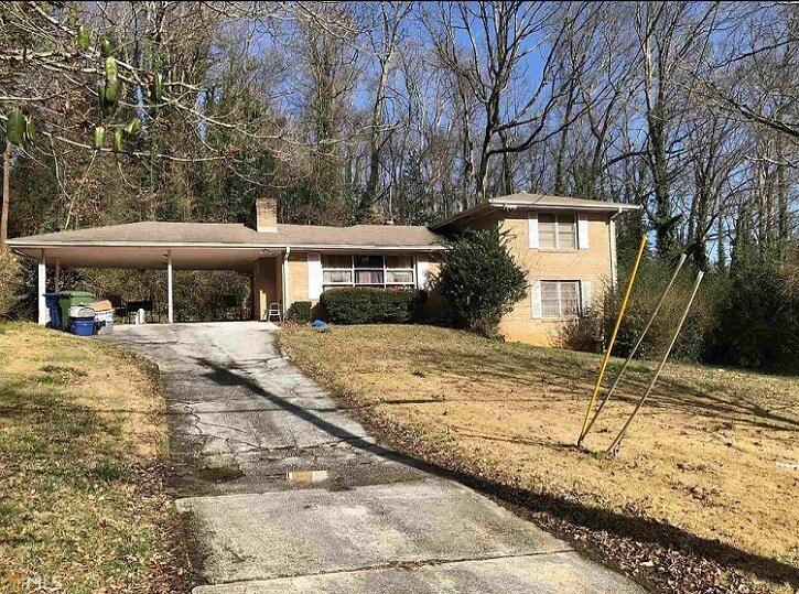 2949 Baker Ridge Dr NW, Atlanta, GA 30318