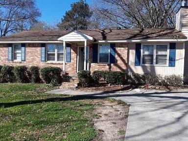 513 Cottage Pl, Riverdale, GA 30274