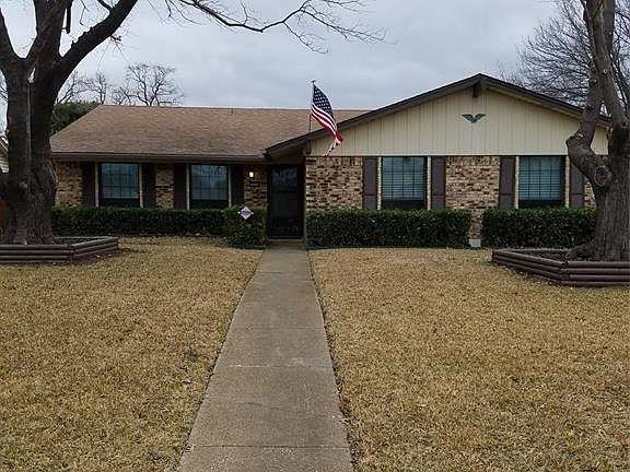 3037 Hillsdale Ln Garland, TX 75042